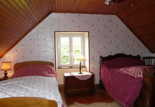 House in Primelin - Charmante Villa Typiquement Bretonne au Bord de Mer-AD6008