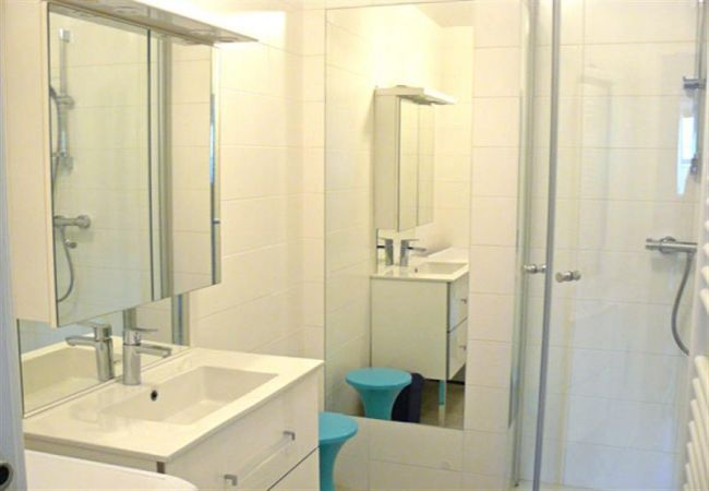 Apartment in Carnac - Appartement Agréable et Rénové Balcon Exposé Sud, Plage Beaumer à 300m-D2