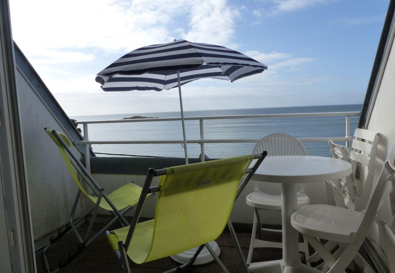 Apartment in La Trinité-sur-Mer - Appartement Tout Confort Balcon Vue Mer, Wifi-D190