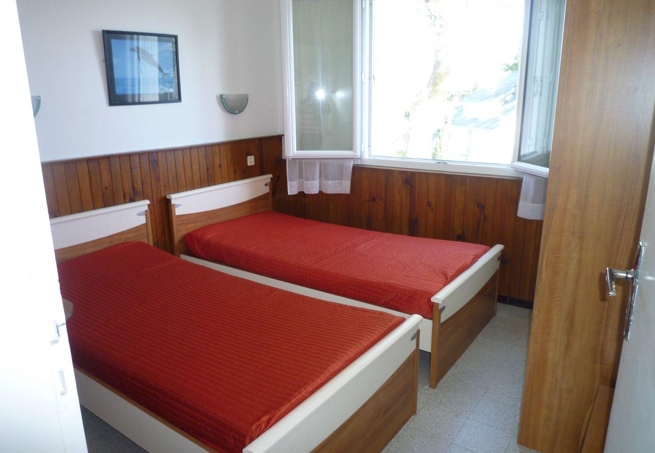Apartment in Carnac - Appartement Tout Equipé, Vue Mer & Proche Plage-T316