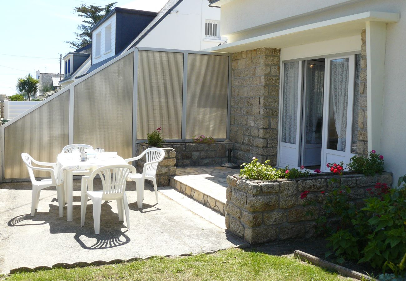 Apartment in Carnac - Appartement 2* avec Jardin, Quartier St Colomban-T321