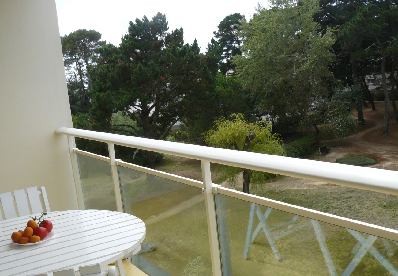 Apartment in Carnac - Appartement Spacieux Balcon Belle Exposition Plage à 100m-DP17