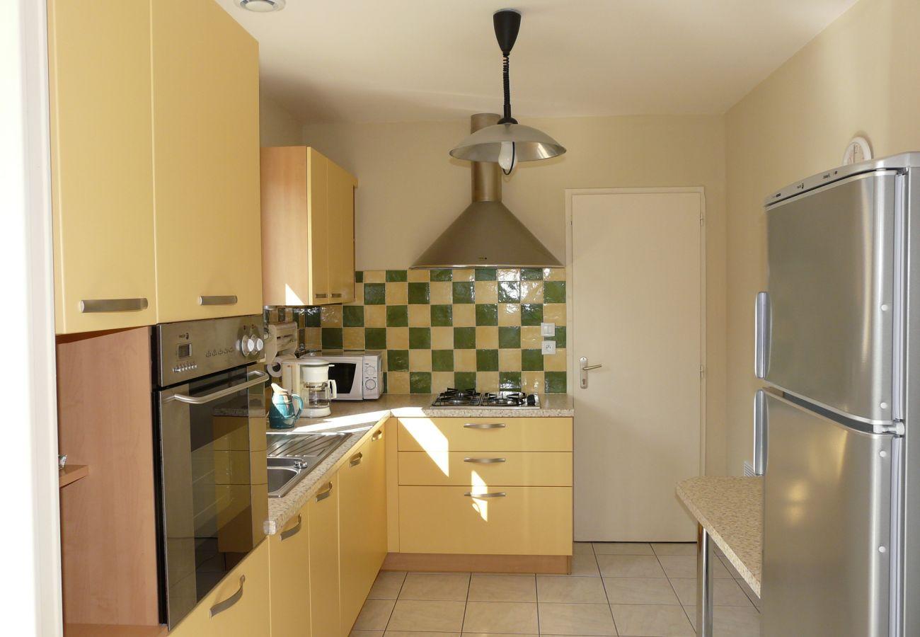 House in Le Tour-du-Parc - Belle Maison Lumineuse & Confortable, Toute Equipée-SA6001