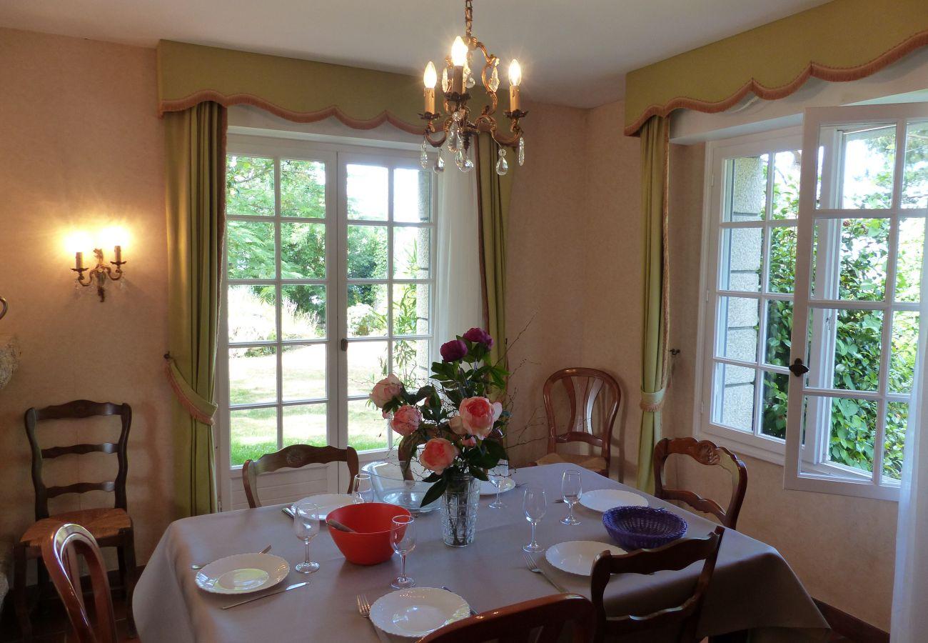 House in Carnac - Charmante Villa 3* 50m de la Plage, avec Jardin et Wifi -S26