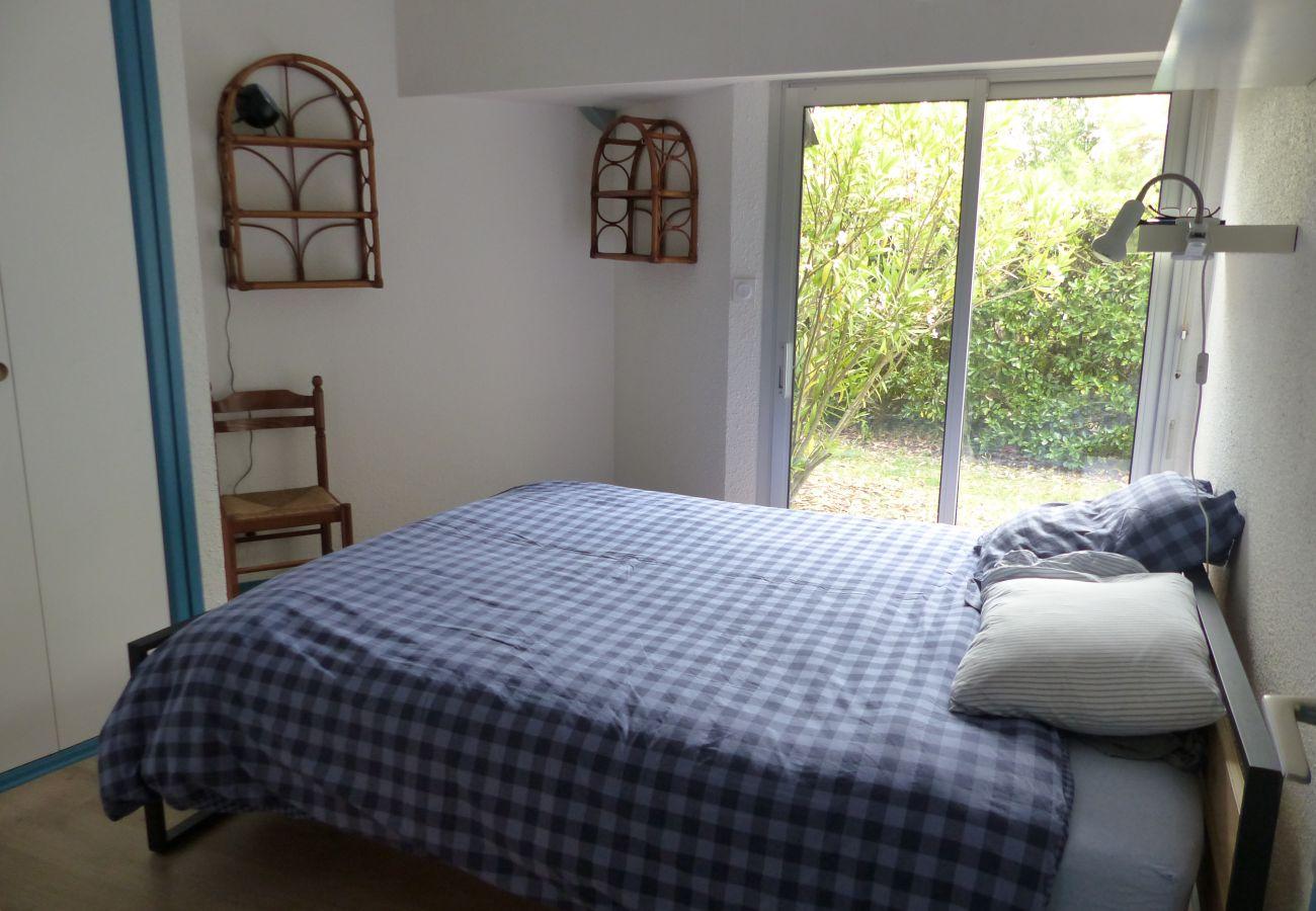 Apartment in Carnac - Appartement Agréable Classé 3* avec Jardin, Plage à 200m-K295