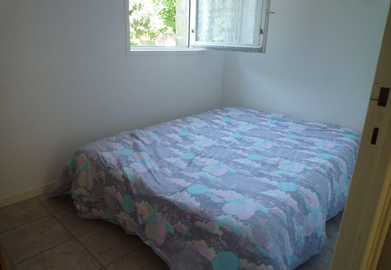 Apartment in Carnac - Appartement Tout Confort Bien Situé, avec Terrasse & Jardin-DPI34