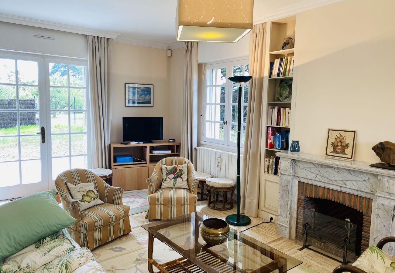 House in Carnac - Belle Villa Toute Equipée, Beau Jardin et Terrasse, Carnac-Ville-S23