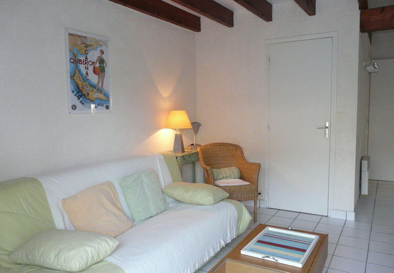 Maison à Carnac - Maison Jumelée Idéalement Située avec Jardin-CA6007