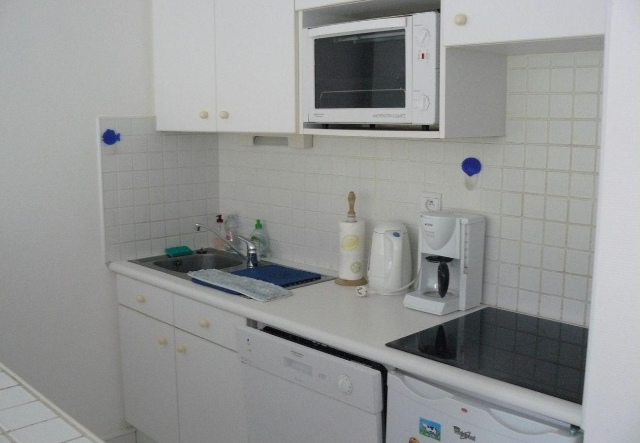 Appartement à Carnac - Bel Appartement Familial Confort, Bien Situé Piscine Commune-T331