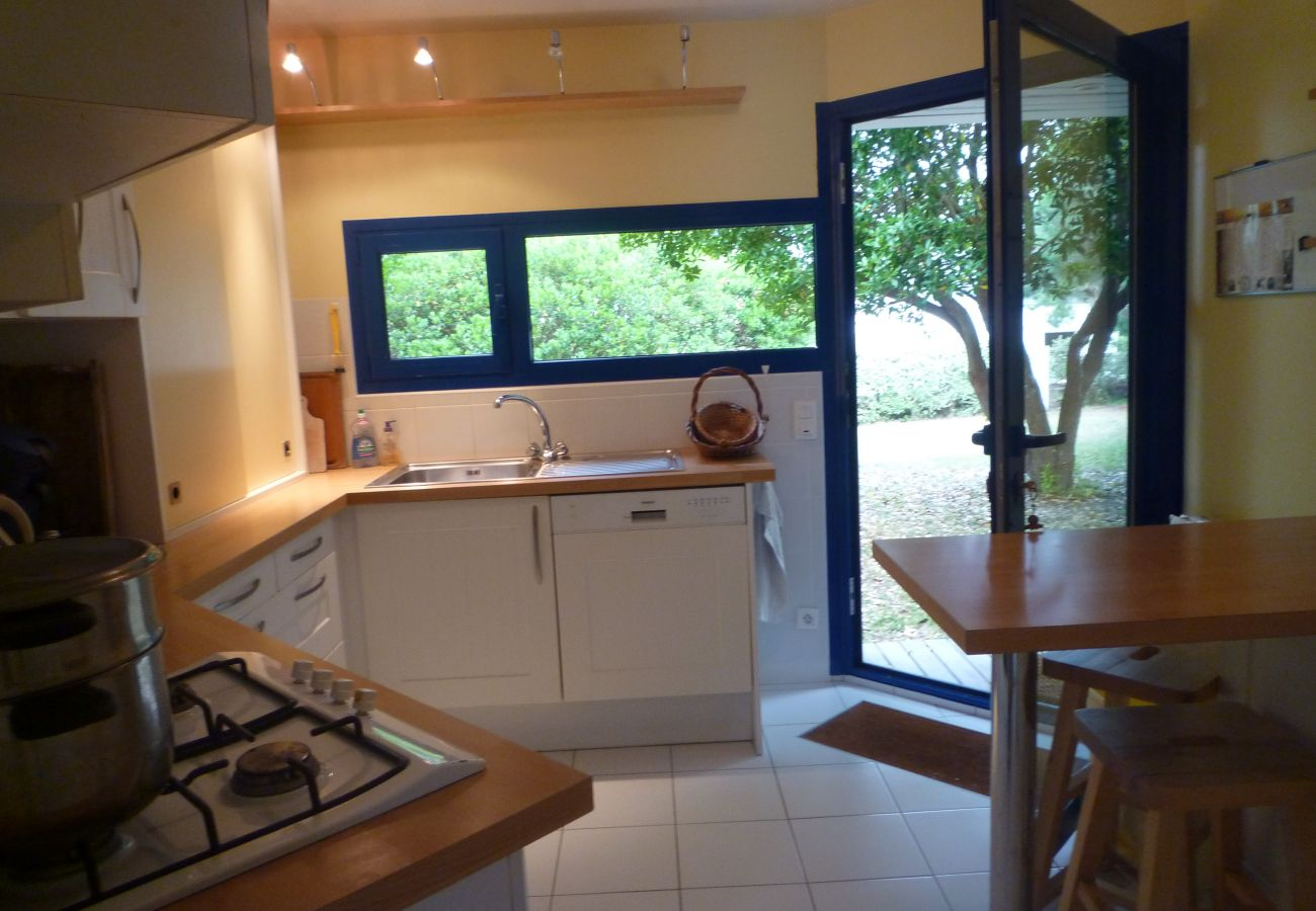 Maison à La Trinité-sur-Mer - Villa Spacieuse avec Beau Jardin, Wifi, Port à 500m-S30