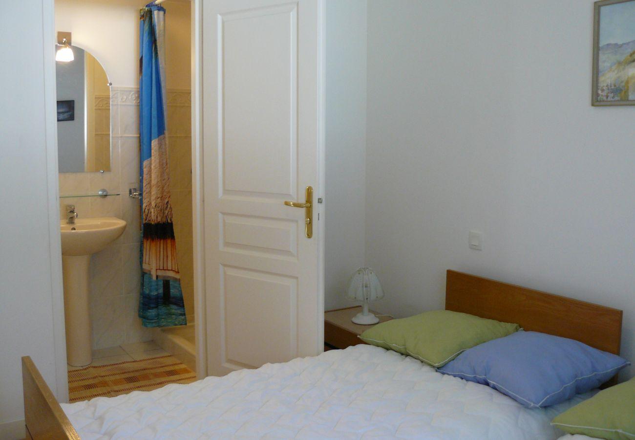 Maison à Plouharnel - Maison Tout Confort avec Jardin, Proximité Carnac-C89