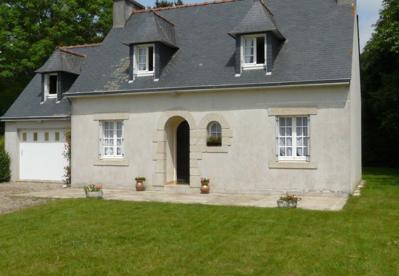 Maison à Pouldreuzic - Charmante Maison de Campagne à Pouldreuzic-AD6004