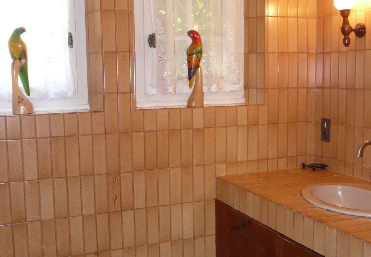 Villa à Carnac - Charmante Villa à Carnac avec grand jardin et wifi - CA7001