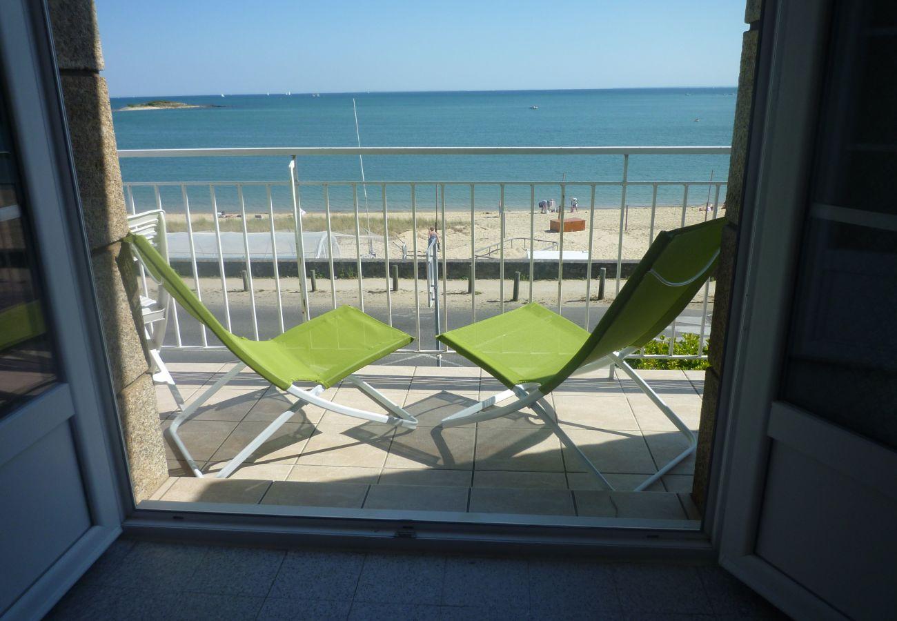 Appartement à Carnac - Appartement Tout Equipé Balcon Vue Mer & Proche Plage-T316