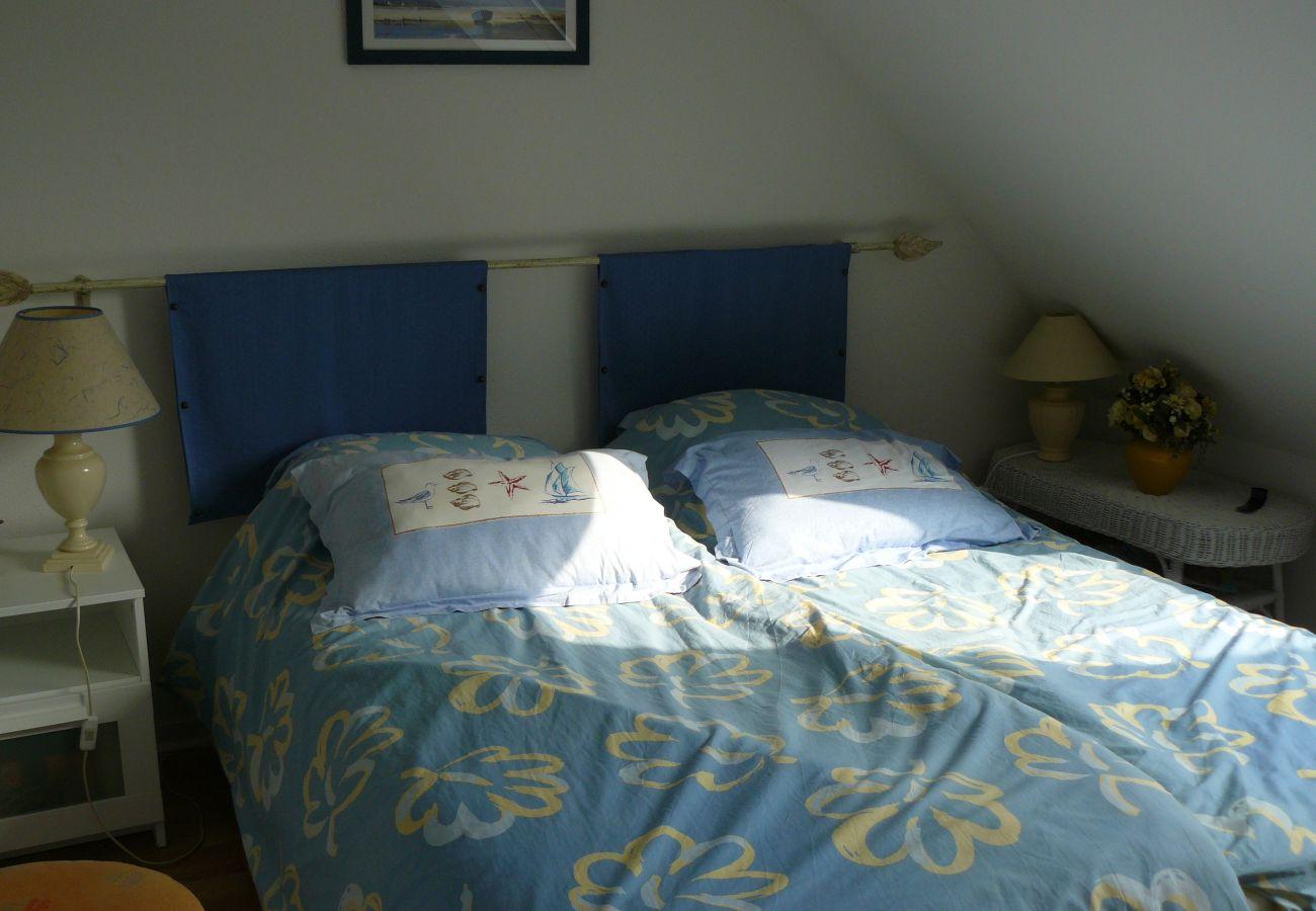 Maison à Carnac - Villa Spacieuse avec Jardin, Quartier Calme et Proche Commerces-T19