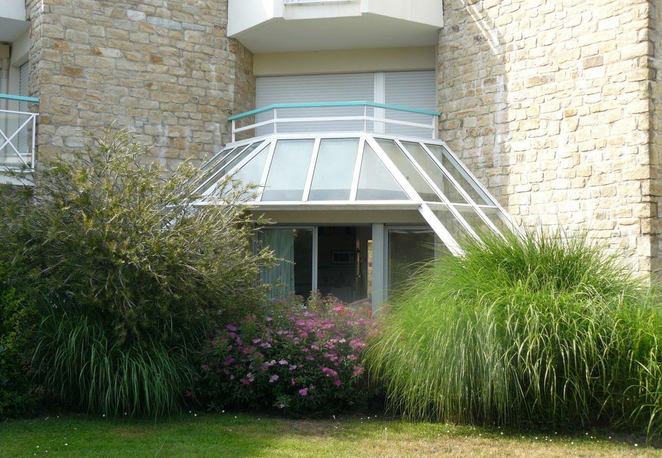 Appartement à Carnac - Appartement Agréable Bien Situé, Terrasse Couverte Vue sur Jardin-DT10