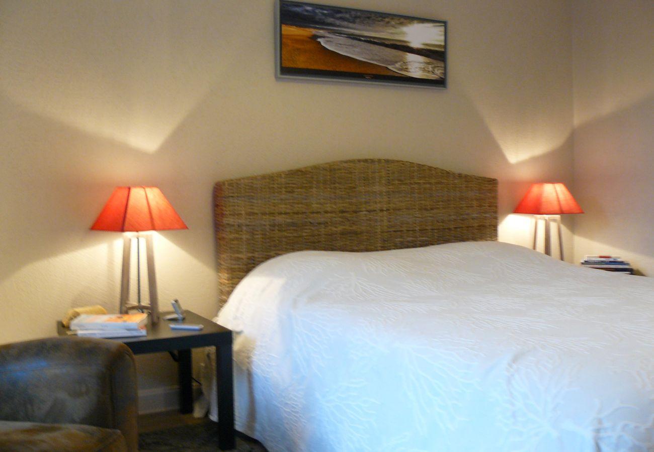 Appartement à Carnac - Bel Appartement 3* Tout Confort, Bien Situé à Carnac-Plage-TKP99