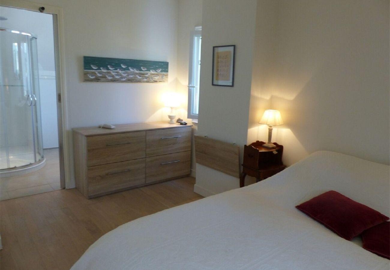 Maison à Carnac - Villa Classée 3* Quartier Légénèse Plage à 200m, Wifi-C68