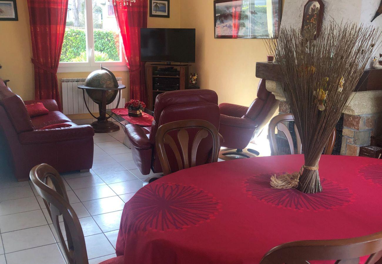 Maison à Trégueux - Marine, Charmante Maison Confortable, Proche Côte d'Emeraude-SB6006