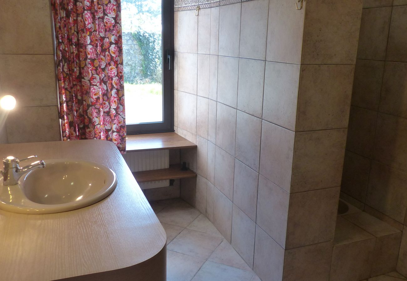 Maison à Carnac - Charmante Longère Classée 3* avec Wifi, Jardin Arboré, Proche Plage-ST58