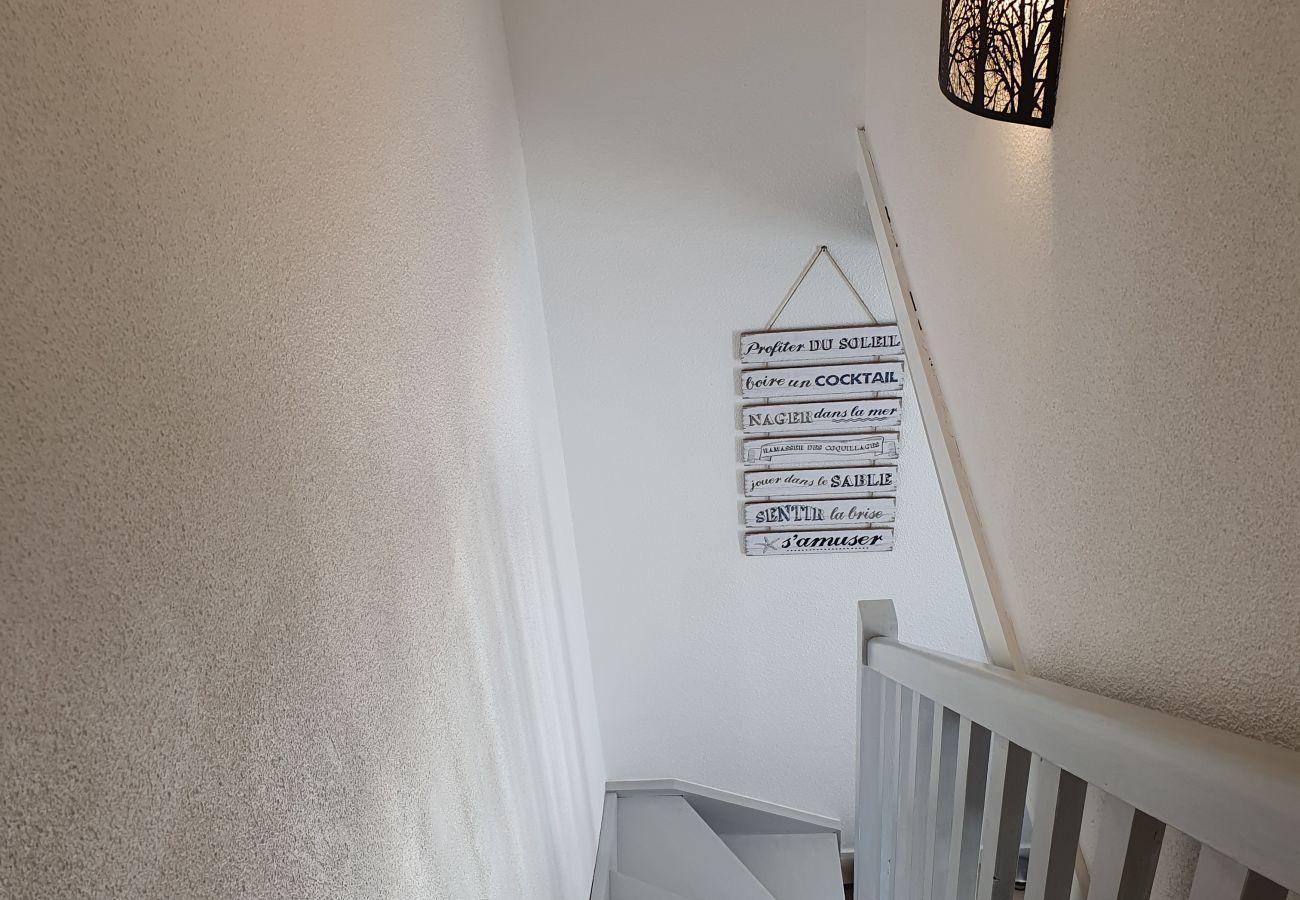 Maison mitoyenne à La Trinité-sur-Mer - Jolie Villa 3* Confortable, Proche Port & Commerces-K5