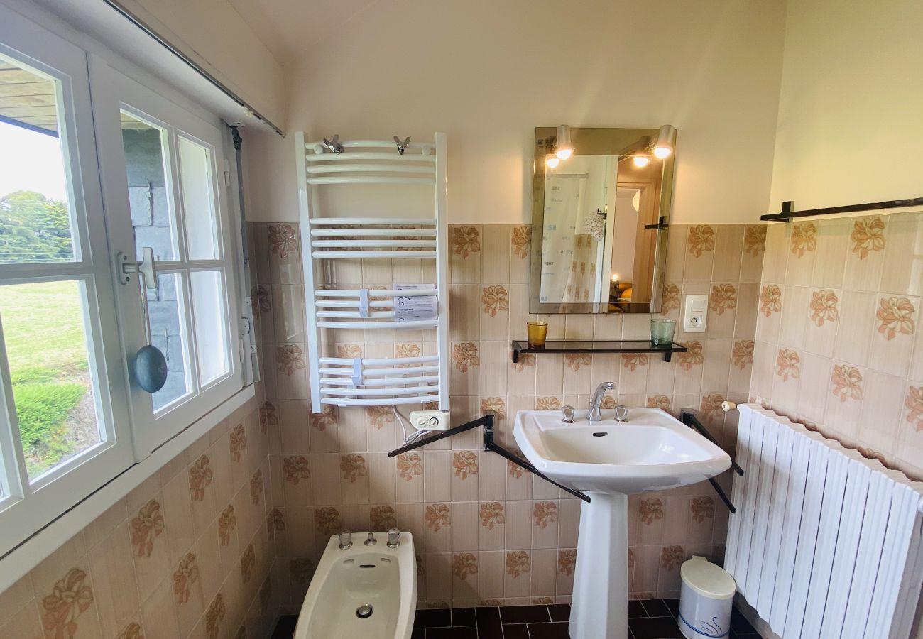 Maison à Carnac - Belle Villa Toute Equipée, Beau Jardin et Terrasse, Carnac-Ville-S23