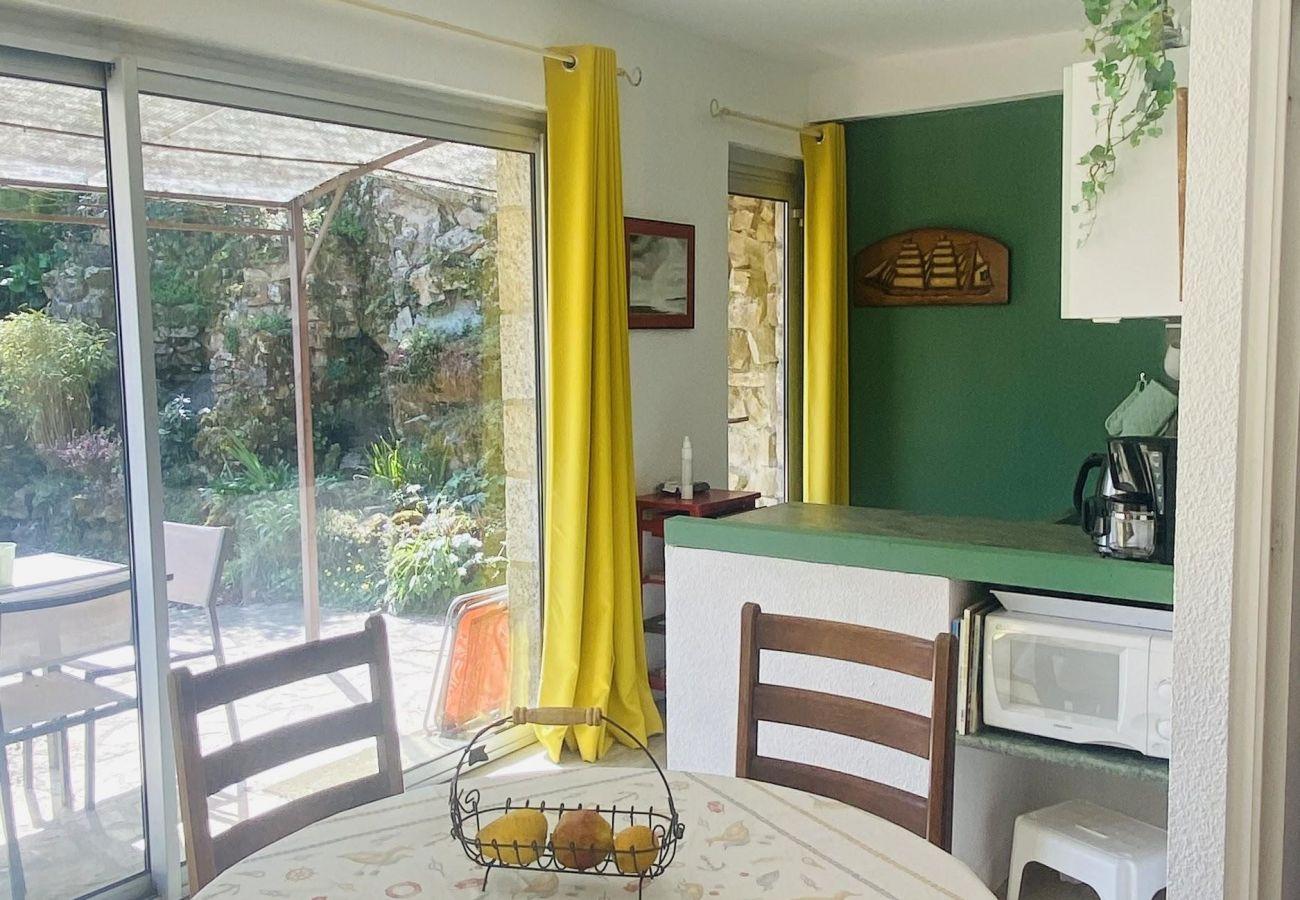 Maison à La Trinité-sur-Mer - Maisonnette Plain-Pied Tout Confort, Proche Centre-Bourg-D4